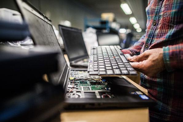 Frontløber I Genbrug Af IT Udvikler Ny Hardware Diagnose Til Nemt, Hurtigt Og Sikkert Gensalg